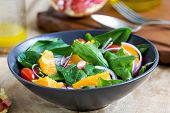 Orange With Spinach And Pomegranate Salad