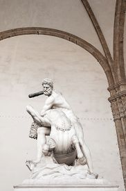 picture of centaur  - Statue of Hercules killing the Nesso Centaur by Giambologna - JPG