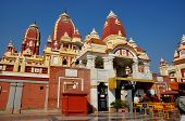 pic of hindu temple  - New Delhi - JPG