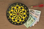 Dart target and Money