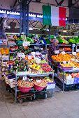 Market, Modena