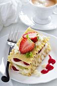 picture of lasagna  - Dessert lasagna with berries and kiwi fruit - JPG