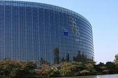 picture of regrouping  - european parliament in Strasbourg France - JPG
