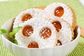 linzer cookies with marmelade in a bowl