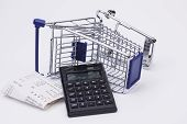 Shopping till receipt calculator and cart