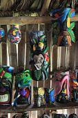 Máscaras de balsa