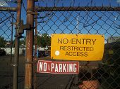 foto of restriction  - Restricted access signs outside of a construction site - JPG