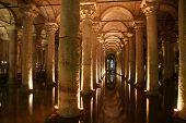 underground yerebatan cistern, istanbul, turkey