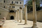 picture of cardo  - columns in cardo - JPG