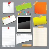 Vector illustration of push pin collection with set note papers