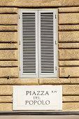 Piazza Del Popolo esperará
