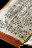 Bíblia séries Tessalonicenses