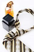 Parfume and tie