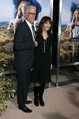 m LOS ANGELES - NOV 19:  Ted Danson, Mary Steenburgen at the