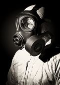 foto of s10  - fine sepia portrait of man with gas mask - JPG