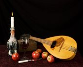 balalaika and fruit
