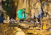pic of hindu-god  - Statue of hindu god at Batu caves - JPG