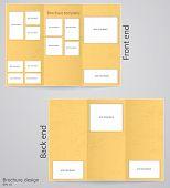 Layout tri-fold brochures