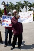 Malaysia Muslims protest against sport betting