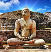 picture of polonnaruwa  - Buddha in Polonnaruwa temple  - JPG