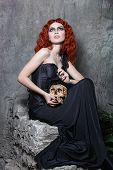 foto of hecate  - Red - JPG