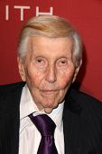 LOS ANGELES - FEB 10:  Sumner Redstone at the The Hollywood Reporter's Annual Nominees Night Party a