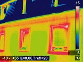 foto of thermal  - Thermal image Picture of a residential house - JPG