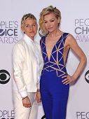 LOS ANGELES - JAN 07:  Ellen DeGeneres & Portia De Rossi arrives to the People's Choice Awards 2014  on January 7, 2015 in Los Angeles, CA