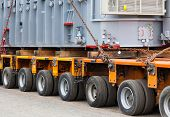 picture of heavy  - Transport of heavy - JPG