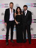 LOS ANGELES - NOV 20:  Lady Antebellum arrives to the American Music Awards 2011  on November 20, 20