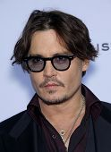 LOS ANGELES - OCT 13:  Johnny Depp arrives to the