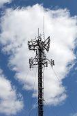 Torre de antena de teléfono celular
