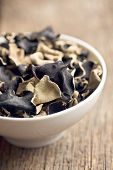 picture of judas  - Dried chinese black fungus - JPG