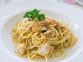 Spaghetti With Crab Meat In White Bowl