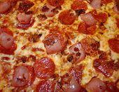 PIZZA CLOSE UP HBP