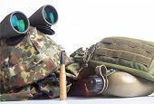 Military equipment set