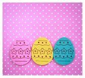 foto of pinky  - Decorated felt easter eggs yellow - JPG