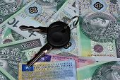 foto of mandates  - Car keys documents and polish money background - JPG