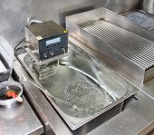 Low temperature boiling machine - new technology cuisine