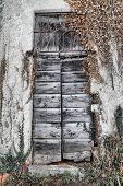 Oratorio Di San Igino, Door