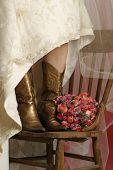 Noiva com botas
