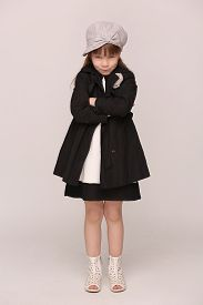 foto of little girls photo-models  - Photo of little groomy girl with her hands clasped - JPG