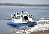 Navio hovercraft