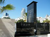 Tel Aviv Old Cemetery October 2010