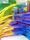 Servidor de red de fibra