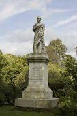 picture of prime-minister  - Memorial statue to Henry Temple - JPG