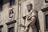 Statue of Cosimo I de Medici