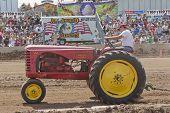 Massey Harris 44 Tractor Pulling