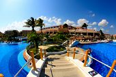 A Luxury All Inclusive Beach Resort In Cancun