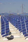 paneles fotovoltaicos para la producción de energía eléctrica renovable